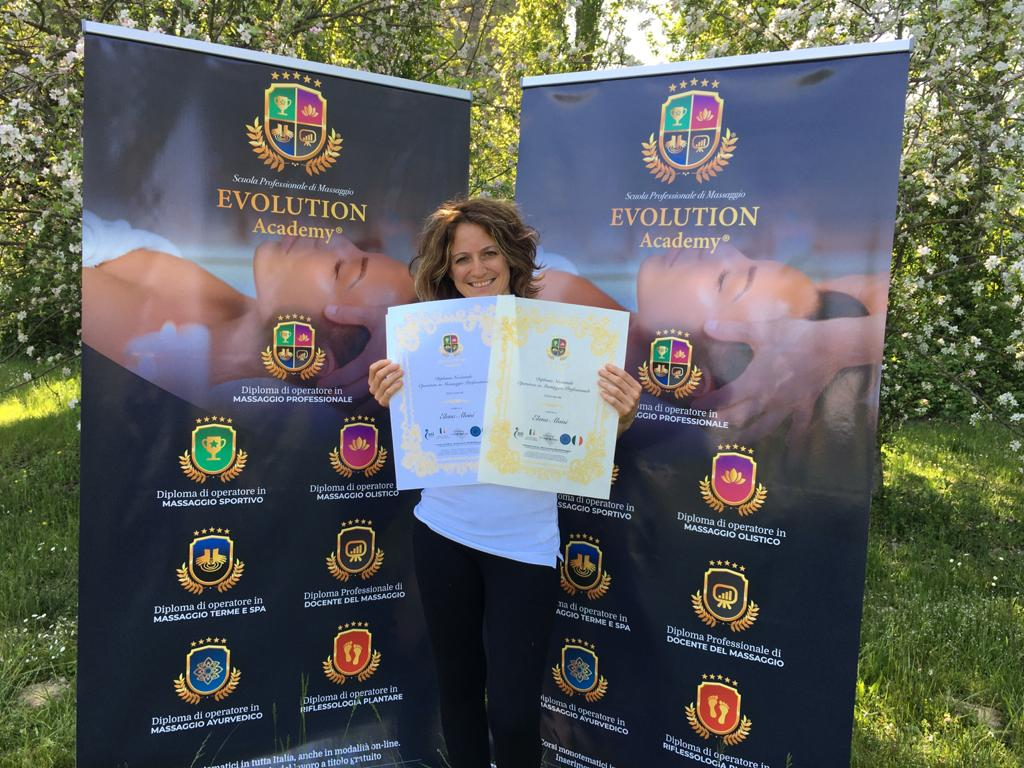 Materiali e qualifiche rilasciate al corso di massaggio cervicale a Padova