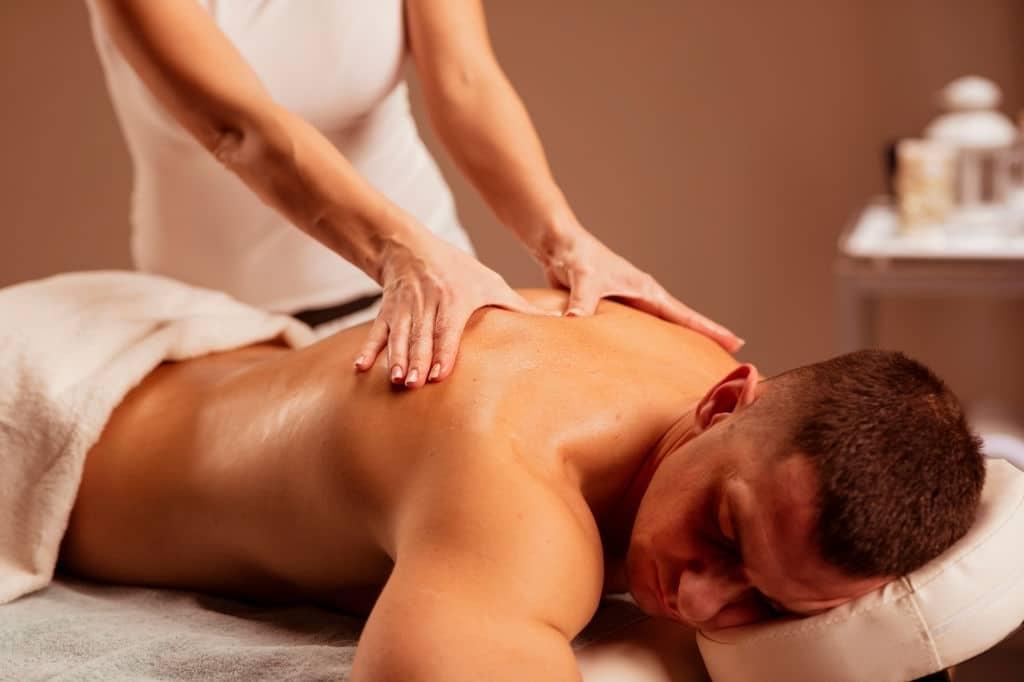 Corso massaggio ayurvedico kaphabyangam a Firenze