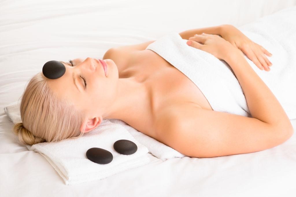 Corso Hot Stone Massage