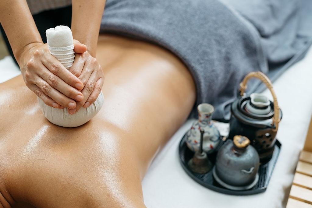 Diploma di Operatore in massaggio Ayurvedico